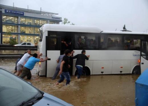 İstanbul Yağmura Teslim Oldu 5