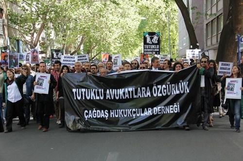 Çağdaş Hukukçular Derneği Ankara Eylemi 4