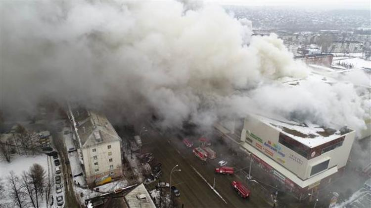 Rusya'da yangın faciası! Çok sayıda ölü var...