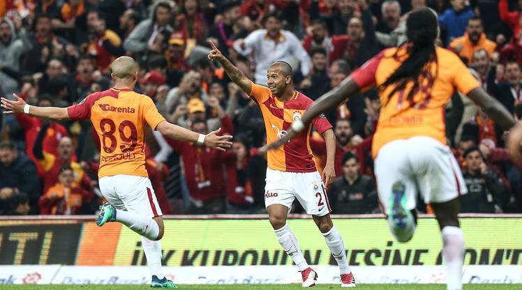 Galatasaray: 2 - Medipol Başakşehir: 0