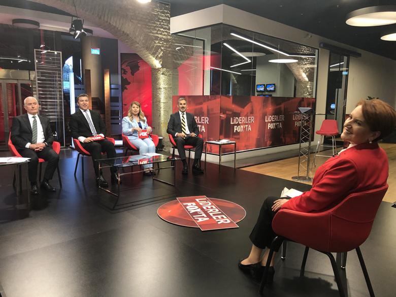 Akşener FOX TV canlı yayınında soruları yanıtladı