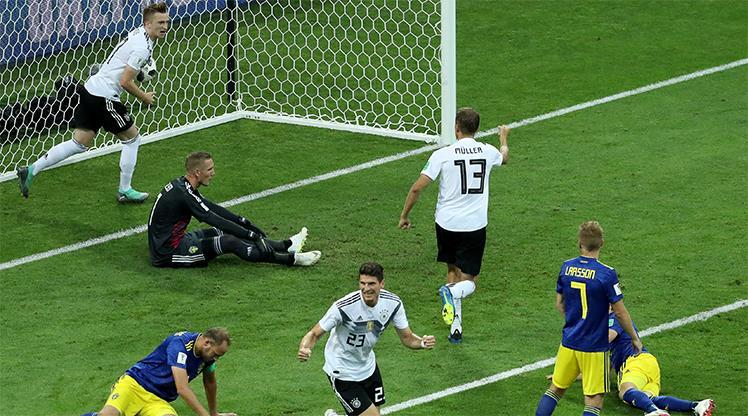Kroos, Almanya'yı ipten aldı