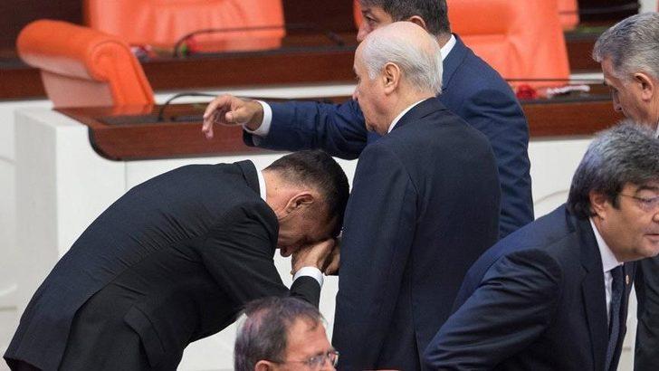 Devlet Bahçeli'nin elini öpen İYİ Partili isim için Meral Akşener'den çok sert tepki