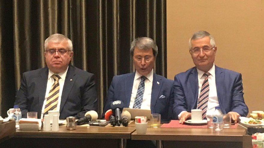 Son Dakika... İYİ Parti'de şok istifalar!