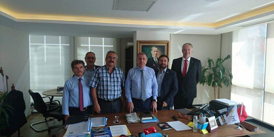 YAD Genel Başkanı Halil Konuşkan Ümit Özdağ'ı ziyaret etti