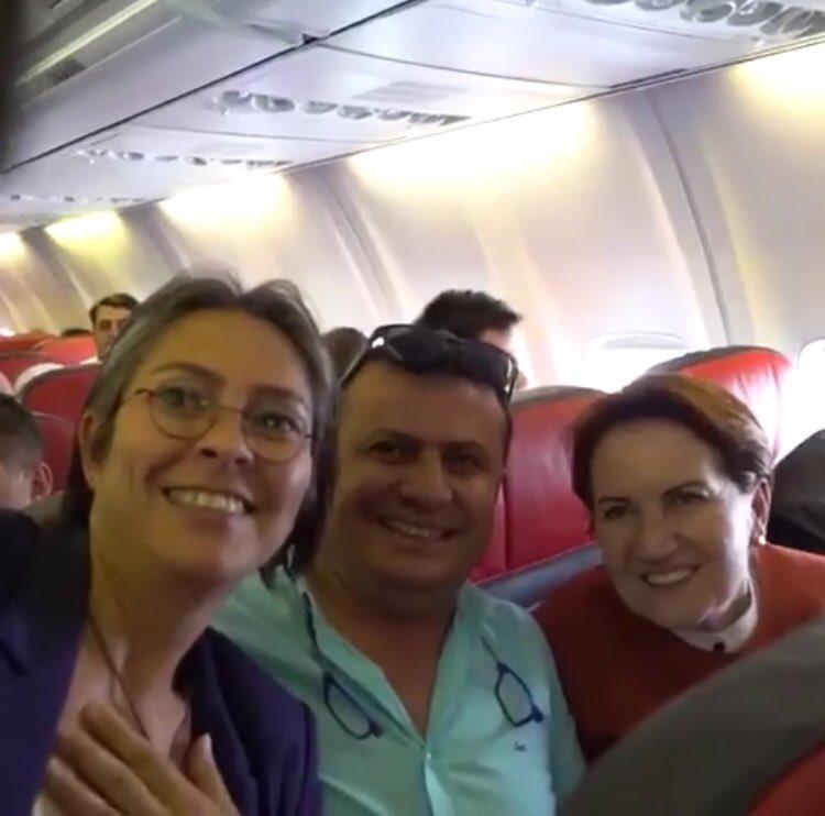 Meral Akşener yine tarifeli uçakta