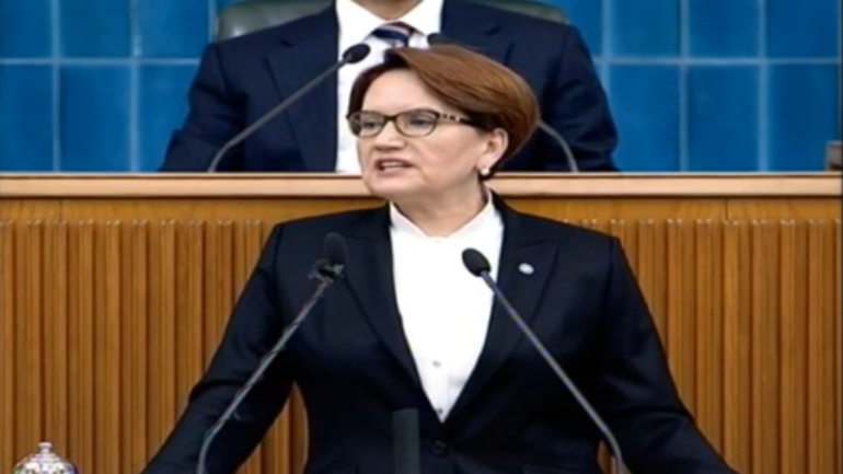 Meral Akşener: Millete sırtını dönene millet de sırtını dönecek