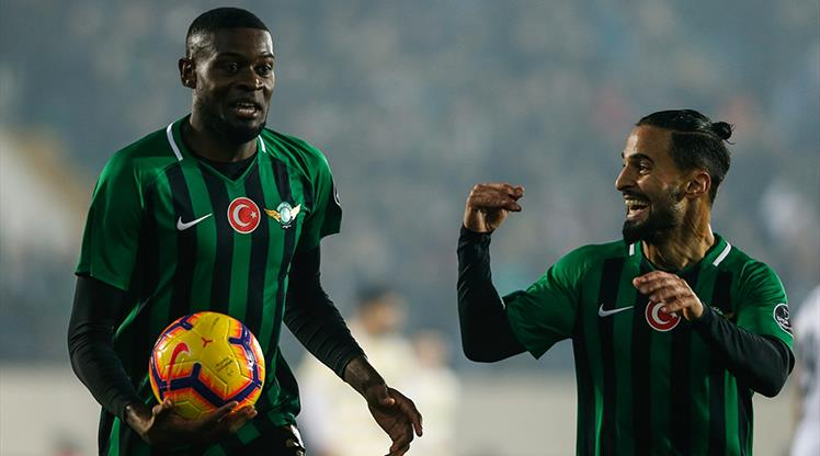 Akhisarspor: 3 - Fenerbahçe: 0