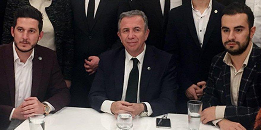 Mansur Yavaş, Ankara'nın sorunlarını gençlerden dinledi