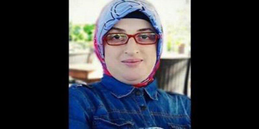 AKP'li kadın kolları başkanına belediyeden maaş bağlandı
