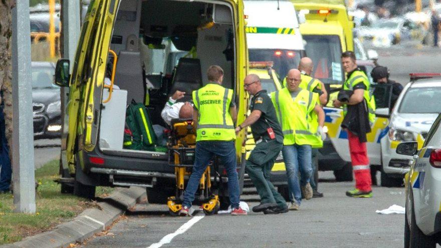 Yeni Zelanda'da camilere silahlı saldırı: Ölü ve yaralılar var