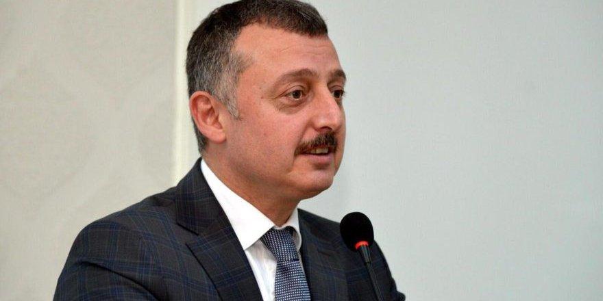 """AKP'li aday: """"Yol yaptım diyen kaybeder"""""""