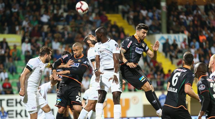 Aytemiz Alanyaspor: 2 - Atiker Konyaspor: 4