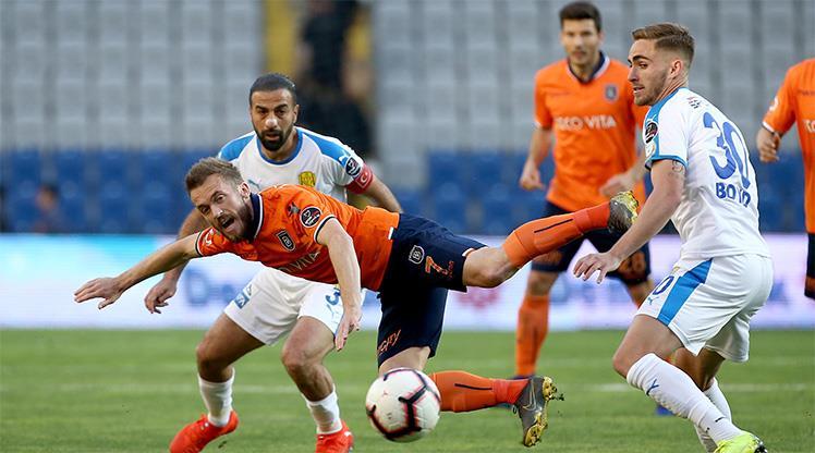 Medipol Başakşehir: 2 - MKE Ankaragücü: 1