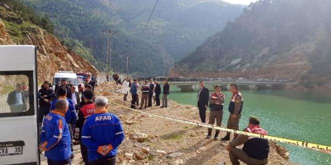 Bartın'da baraja uçan otomobilde 4 kişi hayatını kaybetti