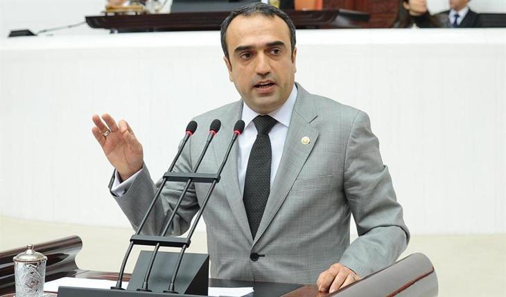 AKP'li eski vekil Cuma İçten zehir zemberek açıklamayla istifa etti