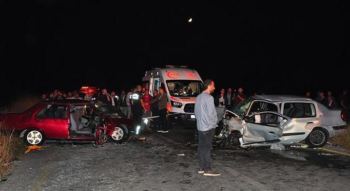 Manisa'da kafa kafaya kaza! 1 Ölü, 6 yaralı