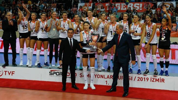 Spor Toto Şampiyonlar Kupası, üst üste ikinci kez Eczacıbaşı VitrA'nın