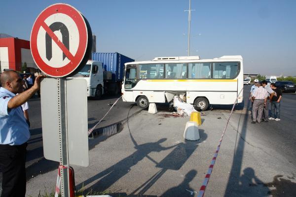 Yasak U Dönüşü Kazası: 1 Ölü, 1 Yaralı