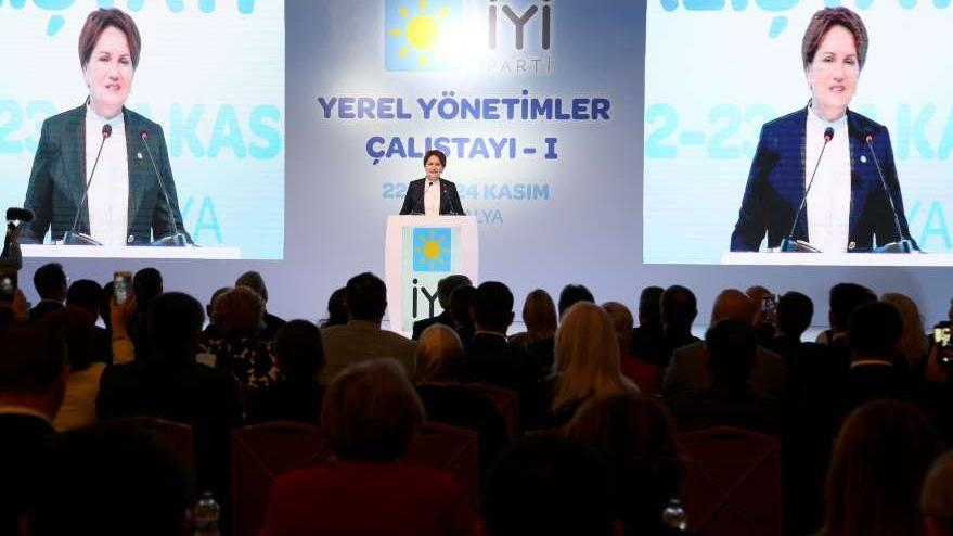 Akşener, Antalya'da konuştu: Ev temizlemekten yoruldum