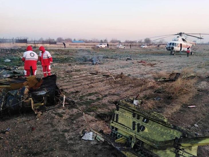 Son dakika… İran'da 176 kişi taşıyan yolcu uçağı düştü!