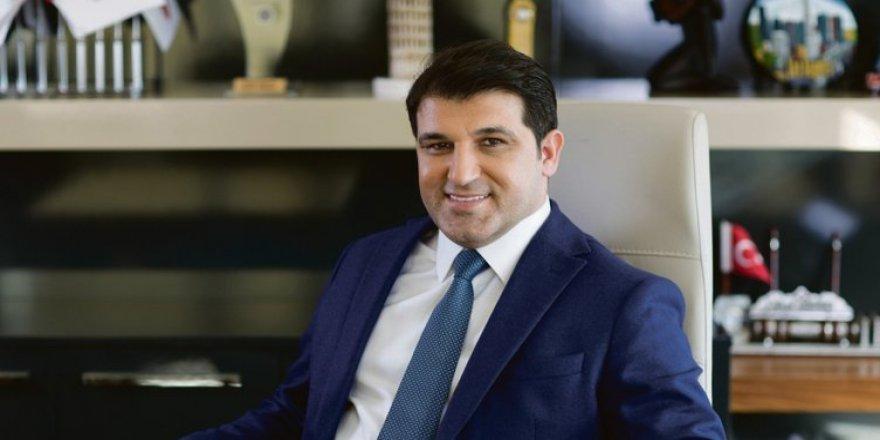 İstanbul Ayvansaray Üniversitesi Mütevelli Heyet Başkanı Nihat Kırmızı oldu!