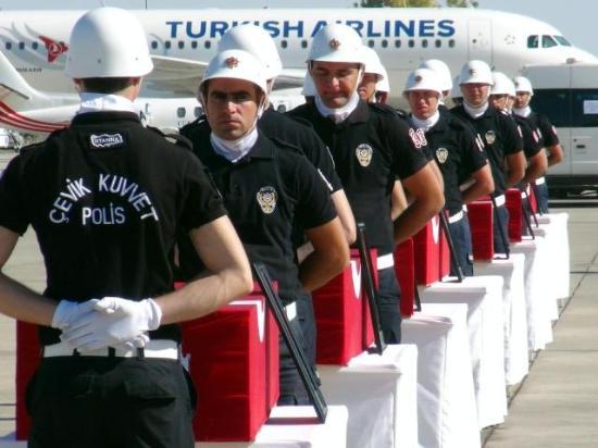 Şehit Polisler İçin Malatyada Tören