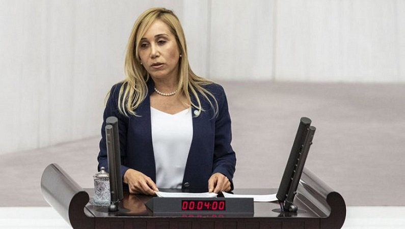 Tuba Vural Çokal İYİ Parti'den istifa etti!
