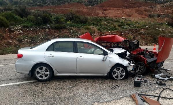 Antalya/Finike'de kaza can aldı: 1 ölü 1 yaralı