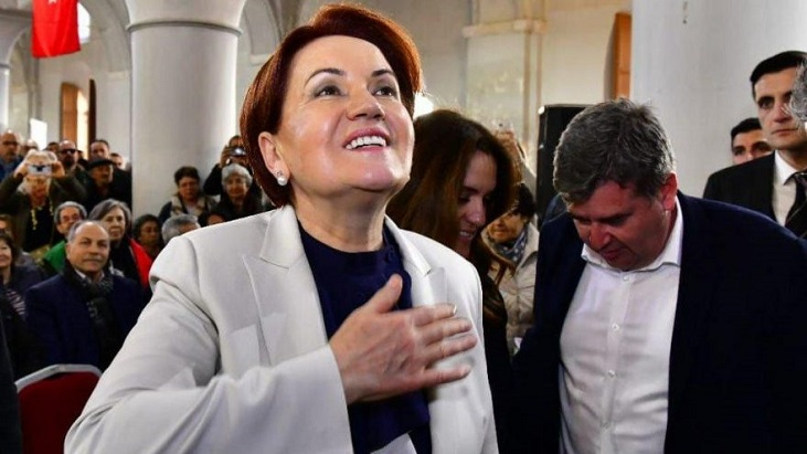 Meral Akşener ikinci kez babaanne oldu