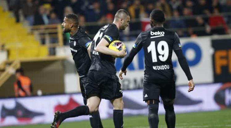 Aytemiz Alanyaspor: 1 - Beşiktaş: 2