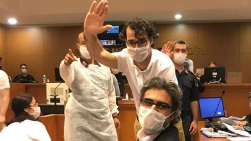 3 Gazeteciye tahliye, 3 gazetecinin tutukluluğuna devam