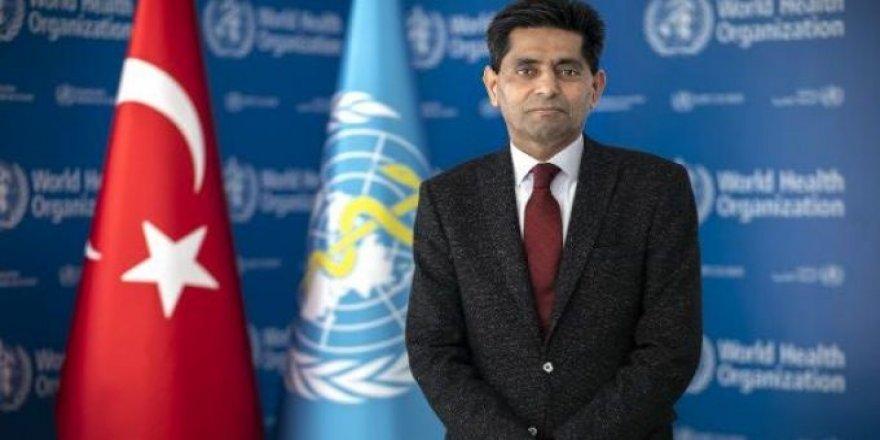 Dünya Sağlık Örügütü'nün Türkiye'deki en yetkili ismi, maske takmanın ne zaman biteceğini açıkladı