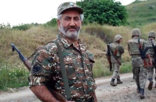 Azerbaycan'la savaşmak için cepheye giden Ermeni opera sanatçısı öldürüldü