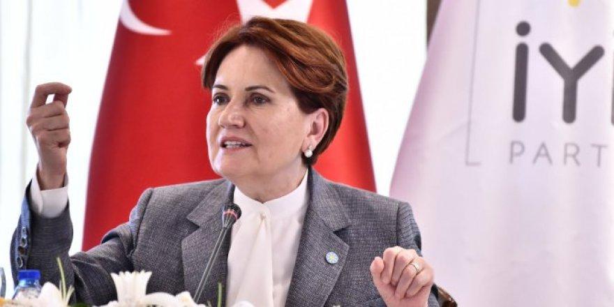 Meral Akşener'den Ersin Tatar'a tebrik mesajı
