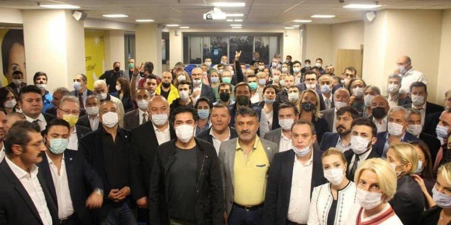 """İYİ Parti'den Özdağ açıklaması: """"Çirkin tavır sahiplerine müsaade etmeyeceğiz"""""""