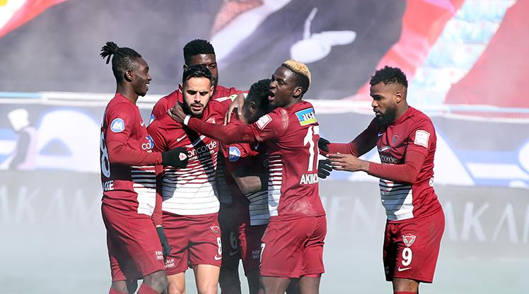 BB Erzurumspor: 1 - Atakaş Hatayspor: 3