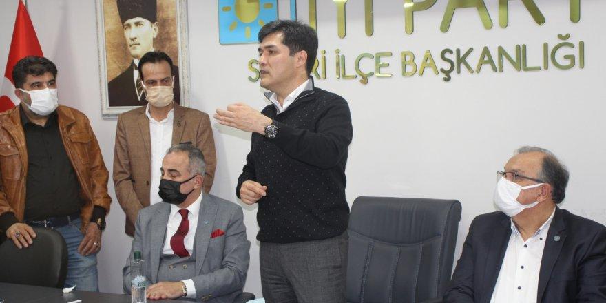 İYİ Parti'ye Silivri'de 112 yeni üye katıldı