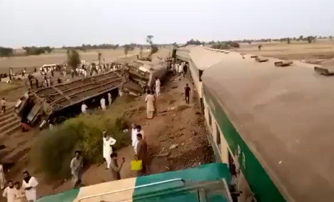 Pakistan'da tren kazası: 30 Ölü, 50 yaralı