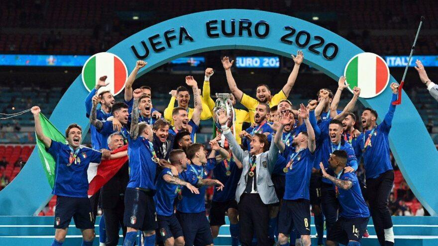 EURO 2020 şampiyonu İtalya! İngiltere penaltılarla hezimete uğradı