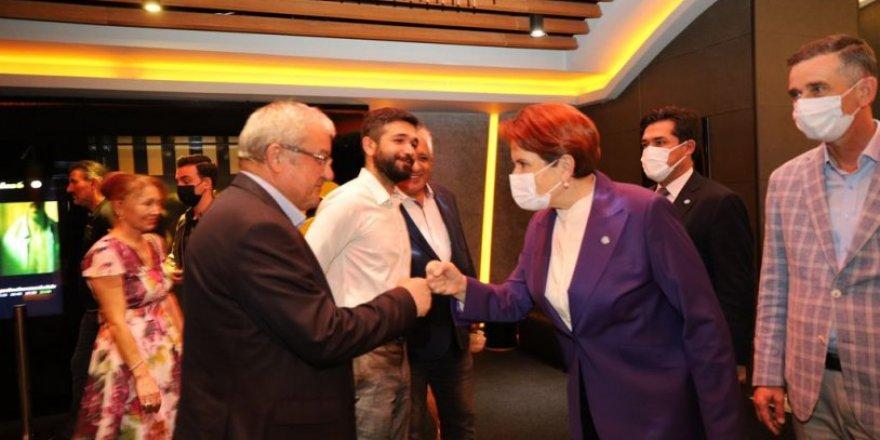 İYİ Parti Lideri Meral Akşener, Tomris Hatun filminin gala gösterimine katıldı.