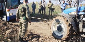 NATO heyeti çamura battı