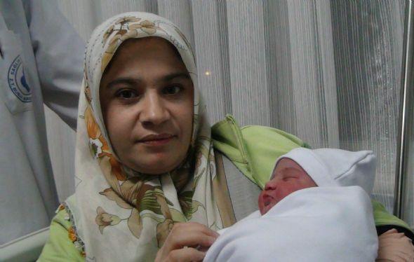 12-12-12'nin ilk bebeği!