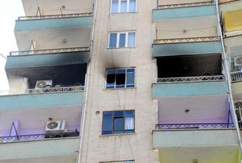 Diyarbakırda yangın:1 çocuk öldü, 15 kişi zehirlendi