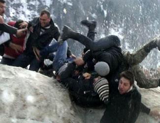 Kardan Adam Şenlikleri bilançosu: 2si ağır 13 yaralı