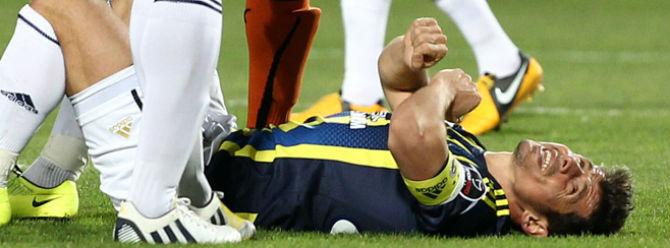 Fenerbahçede Emre şoku!