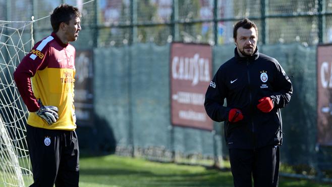 Tomas Ujfalusi Madride karşı!