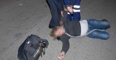 6 aylık hamile kadın kendini araçların önüne attı