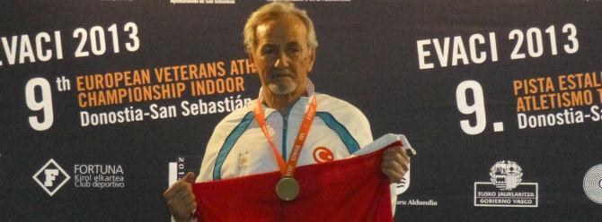 80 yaşında yüksek atlamada Avrupa şampiyonu!
