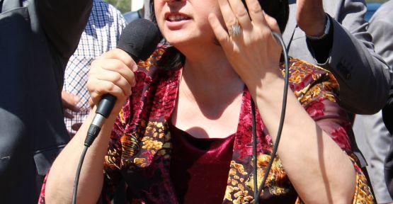"""""""Barış süreci, MHP ve CHP'nin ırkçı yaklaşımına heba edilmemeli"""""""